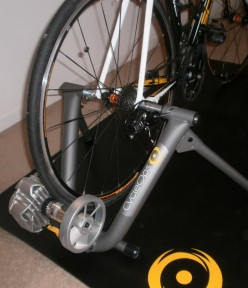 Bike Trainer Review: The CycleOps Fluid 2 Indoor Trainer