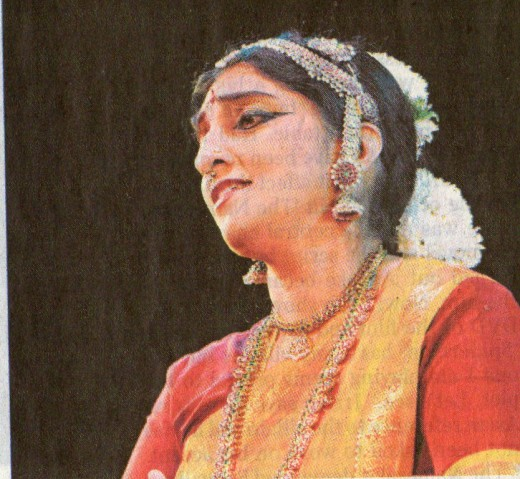 Expression of Grief (shoka) in Bharatanatyam by Indian dancer Mrs.Rangashree