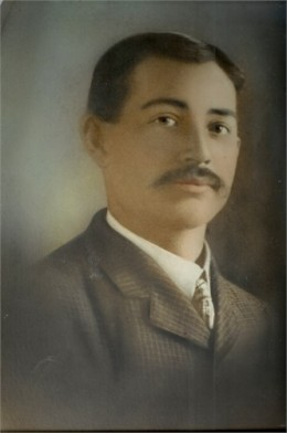 Authors maternal great-grandfather John Z. Easley/Hicks, who was born in 1878
