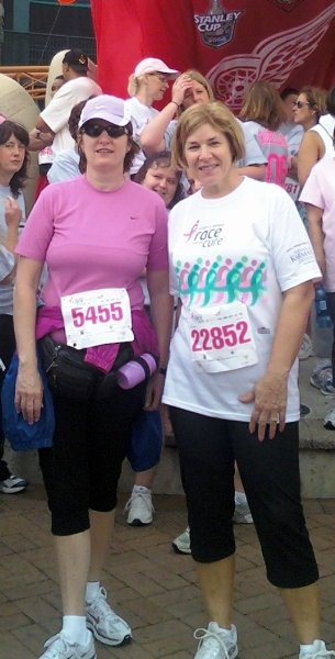 Our first ever 5K race- The Susan  G, Koman's Race for the Cure in support of Breast Cancer (what rookie runner's!)