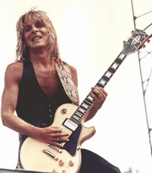 Late, great pioneer Shred guitarist, Randy Rhoads, rockin' it low.