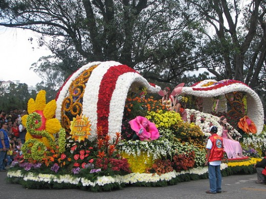 Panagbenga Festival in Baguio: Even from pictures alone one can already smell the hypnotic fragrance of its flowers!