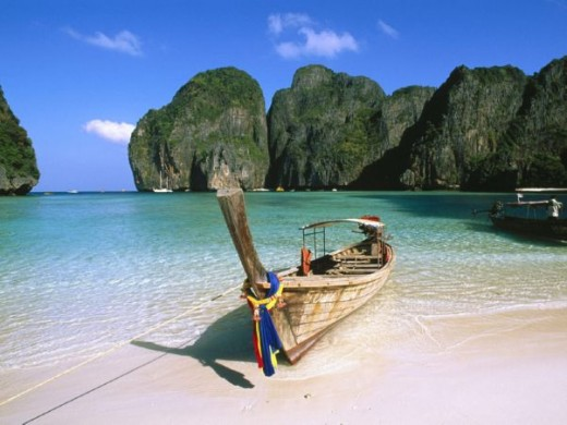 May Bay, Phi Phi Islands
