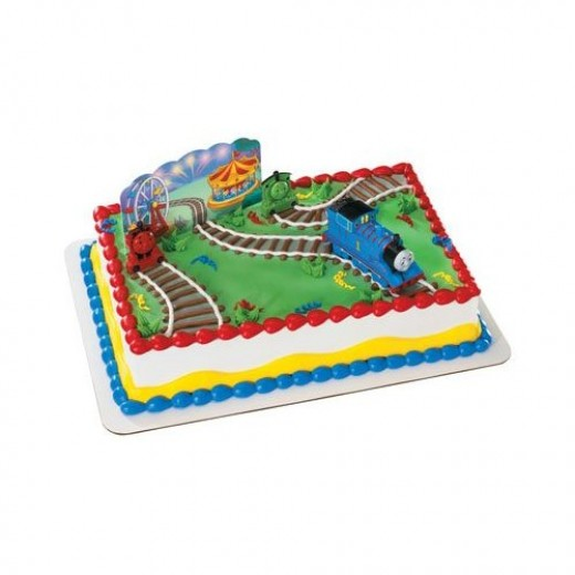thomas the train birthday cake and party supplies