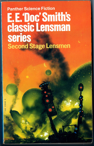 Second Stage Lensman - art by Chris Foss