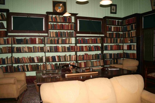"The study at Doornkloof in which Smuts wrote, ""in his cramped and difficult longhand"", the manuscript of ""Holism and Evolution"""