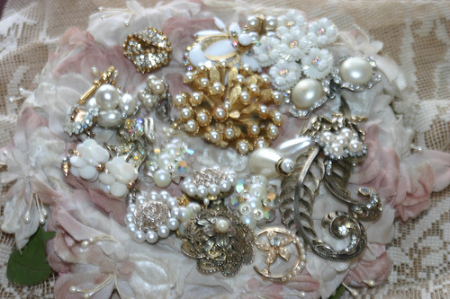 Nothing says vintage quite like pearls