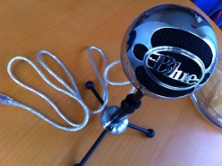 How to Build a Portable Sound Booth for Podcasting