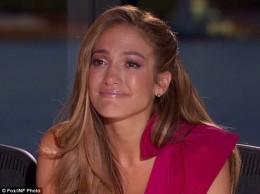Jennifer in tears