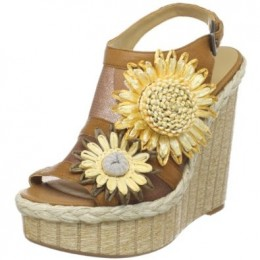 Nine West Espadrille