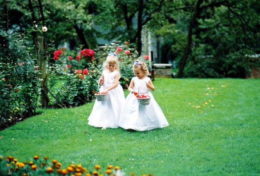 Sweet little flower girls!