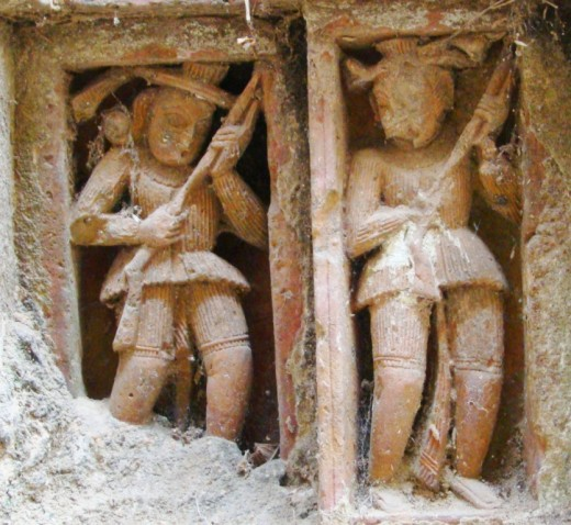 Two musketeers in terracotta