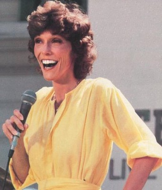 Karen Carpenter died from complications resulting from anorexia.  Looking at pictures like this one, it's hard to believe she was only 32 when she died.