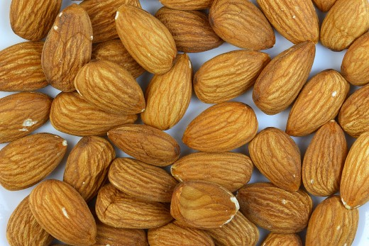Raw almonds, filtered water and a blender are all you really need to make your own almond nut milk.