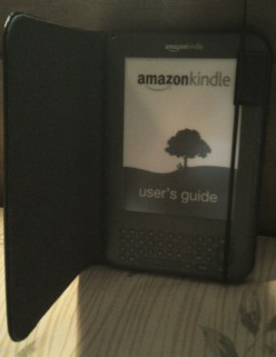 The Pros and Cons of Owning an Amazon Kindle