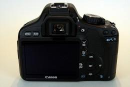Canon Rebel T2i - no swivel LCD Screen