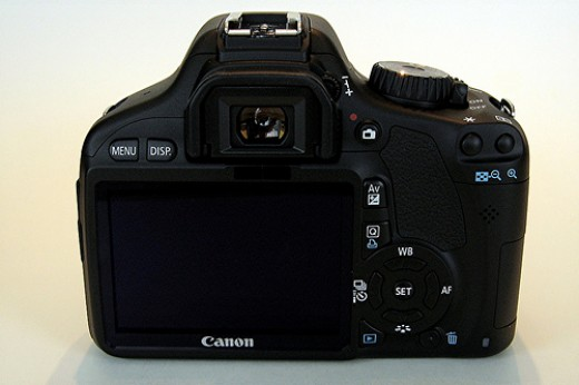 Canon Rebel T2i - no swivel LCD Screen