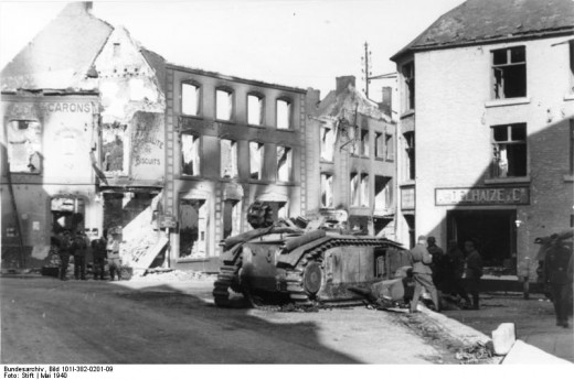 Ruined houses at Beaumont in May 1940