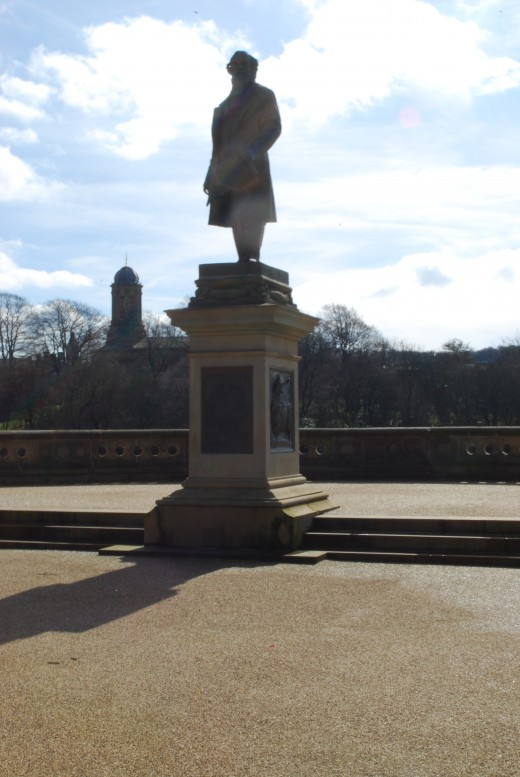 Statue of Sir Titus Salt