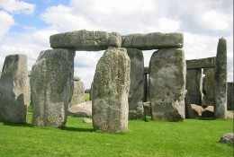 Stonehenge - A stone age time measuring device?