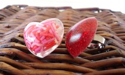 Resin Heart Rings with Glitter and Sprinkles
