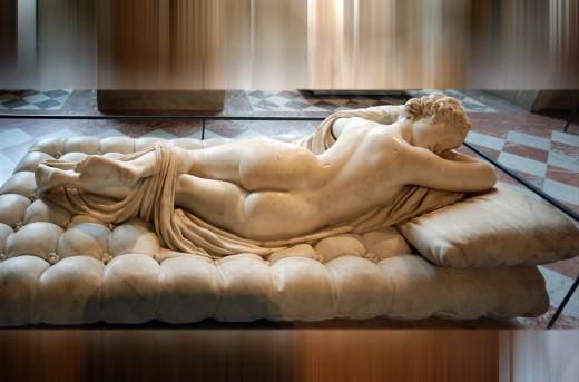 Aphrodite sleeping -  Louvre