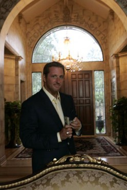 """Does Kevin Trudeau's """"Weight Loss Cure"""" Burn Fat or Money?"""