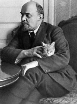 Lenin. I hope that cat scratched him.