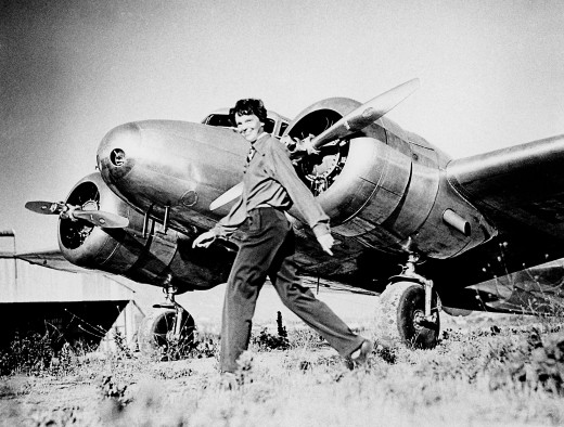AMELIA EARHART AND HER LOCKHEED ELECTRA BEFORE LAST FLIGHT
