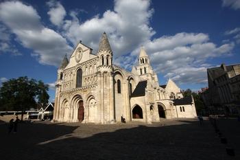 The Romanesque splendor of Poitier, from sacred-destinations.com