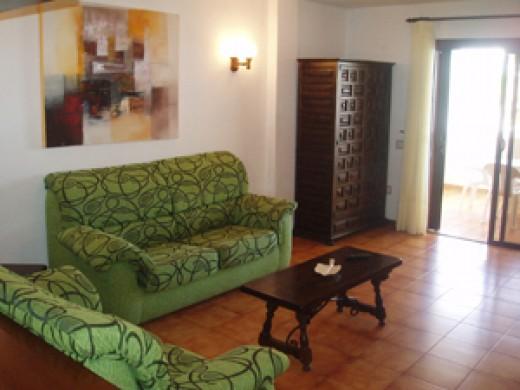 Paloma Beach Apartments lounge