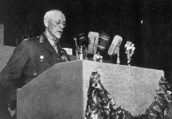 """Smuts addressing a General Session of the United Nations. Image Lean """"One Man in His Time"""""""