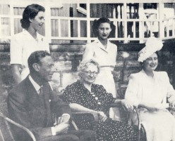 """The Royal Family at Doornkloof, 1947.  Image Lean """"One Man in His Time"""""""