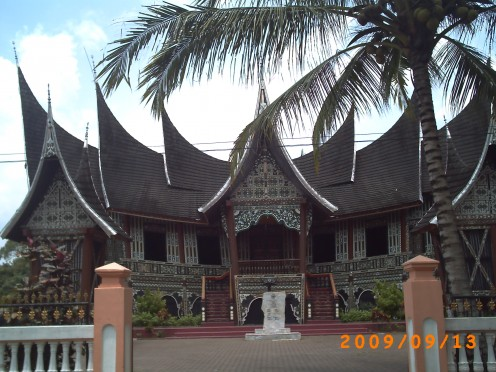 Istano Silindueng Bulan, one of the palace which was belonged by Minangkabau kingdom in the past time.