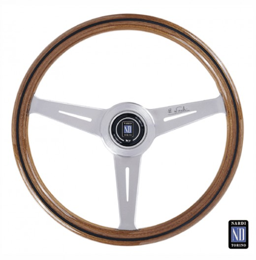 The Nardi Classic Wood steering wheel looks at home any car, vintage or modern