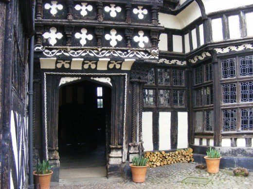 Courtyard, main Hall entrance