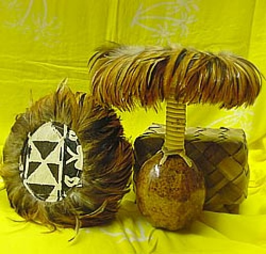Gourd rattle called uliuli in Hawaiian