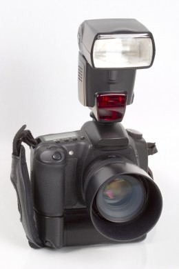 A digital SLR, the tool for microstock.