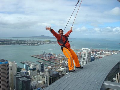Sachin Tendulkar Skydiving At Auckland, New Zealand