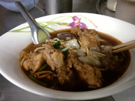 Stewed chicken noodle