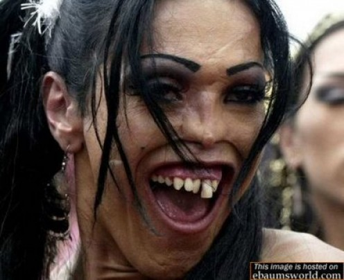 Hiiii... she is too scary!
