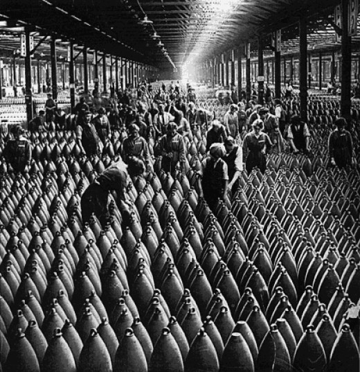 Workers amongst Shells, 1915