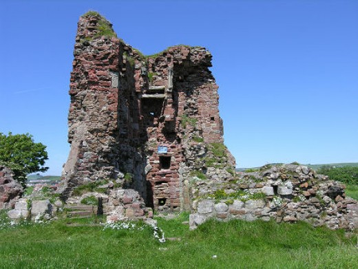 Ardrossan Castle, once nicknamed Wallaces Larder after William Wallace (BraveHeart) slaughtered some English Soldiers Garrisoned there