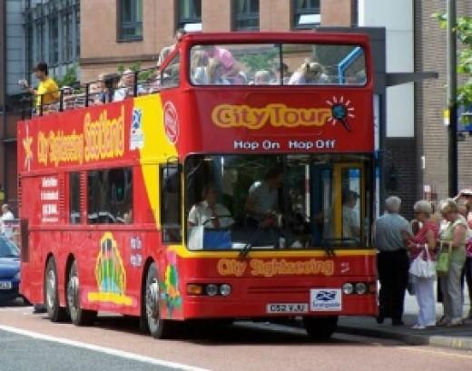 Glasgow open-topped tour bus
