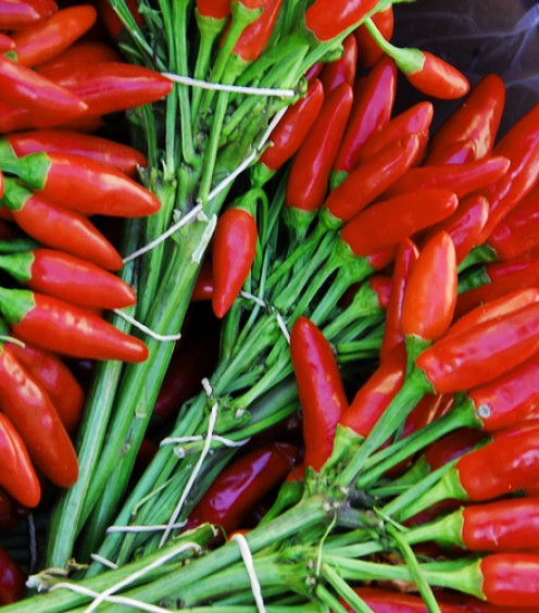 The Health Benefits of Spicy Thai Food. Capsaicin Boosts Your Metabolism, Eat Chili and Lose Weight!