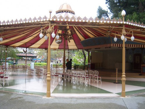 Inside Carnation Plaza Gardens, there is a large canopied dance floor and plenty of chairs for shaded rest. This area is usually very open and uncrowded.