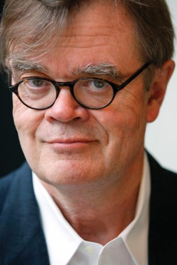 Garrison Keillor: Flying First-Class Flirt