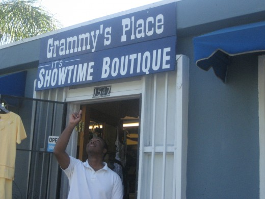 My former boutique, (IT'S SHOWTIME)