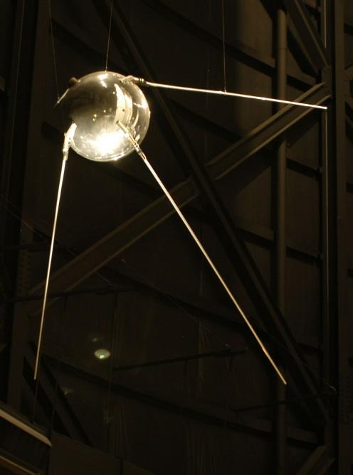 Sputnik 1. Source=http://www.nationalmuseum.af.mil; [http://www.nationalmuseum.af.mil/shared/media/photodb/