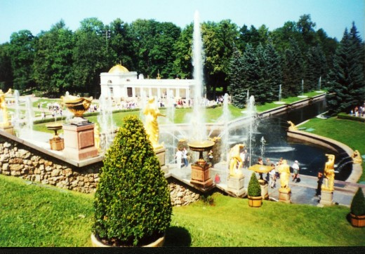 Fountains at Peterhof (Petrodvorets), the Romanov Czars' summer estates in suburban St. Petersburg, Russia